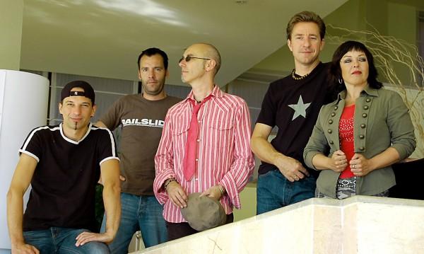 Die Coverband Niteshift rockt